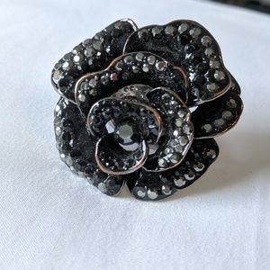 Aldo black stone flower ring